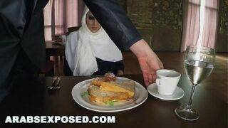 Pervert man fucked a refugee Arab lady