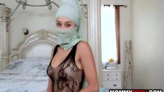 Arab lady seduced her stepson and got fucked